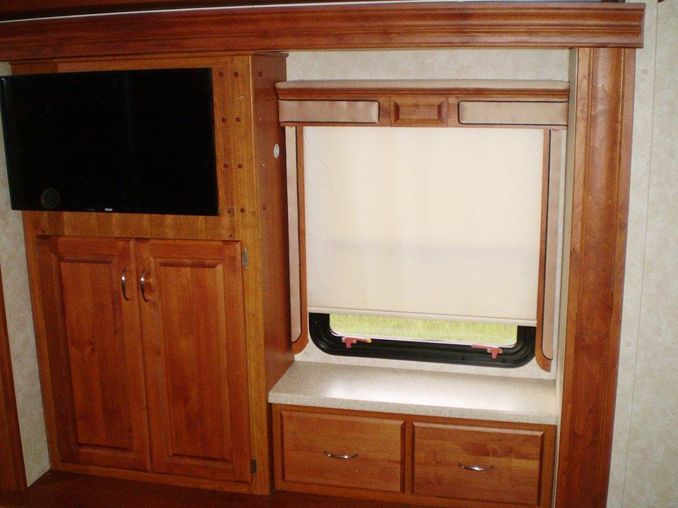2007 Monaco Rambler-Interior Mstr Bdrm TV Window Area