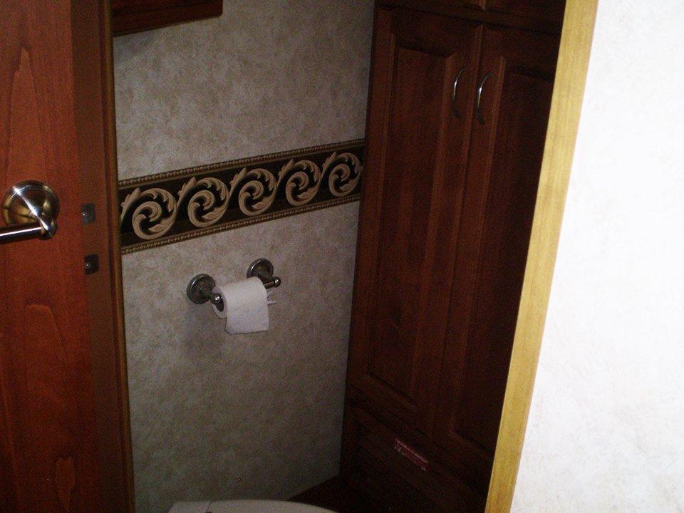 2007 Monaco Rambler-Interior Toilet Area